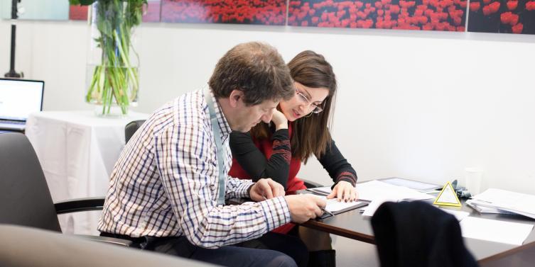 B squeda de ejecutivos conozca las perspectivas para 2016 for Ono oficinas