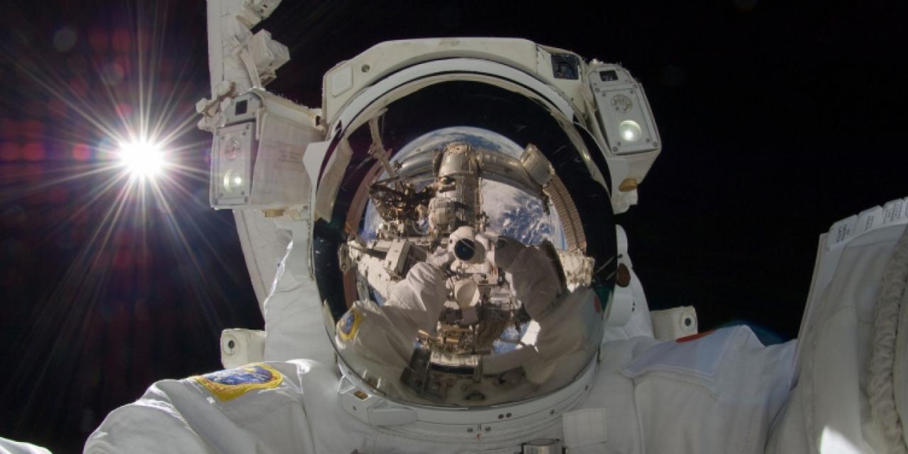 astronaut-877306_1280.jpg