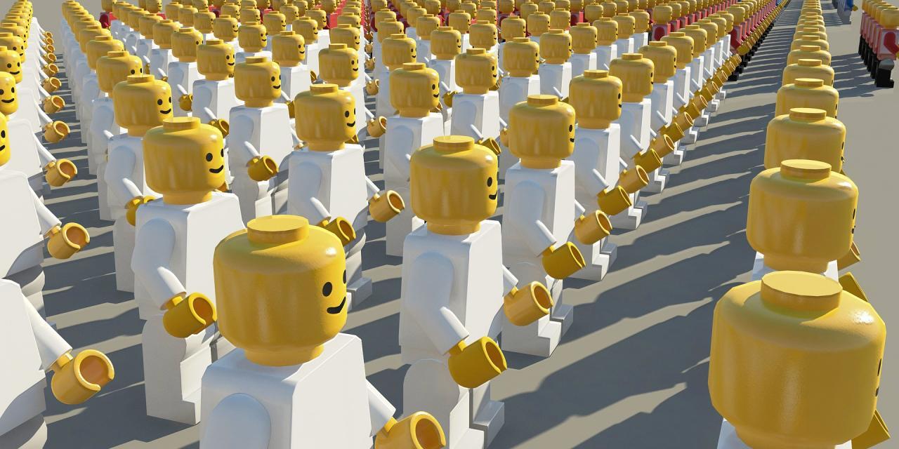 crowd-1699137_1920.jpg
