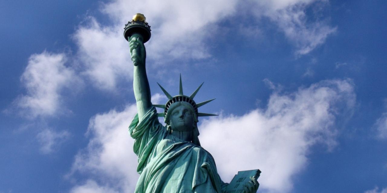 statue-of-liberty-1045266_1280.jpg