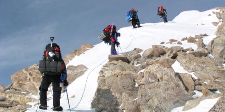 climbing_team.jpg