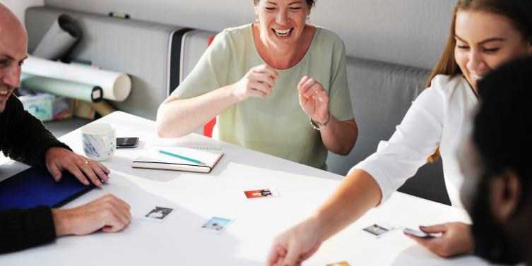 adult-brainstorming-business-515169_1.jpg