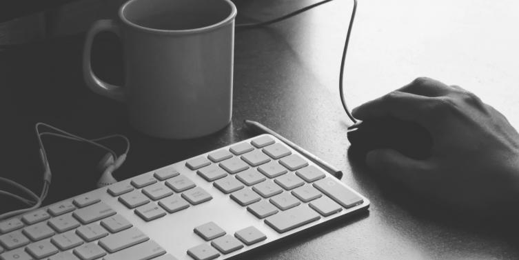 black-and-white-cup-hand-mug.jpg