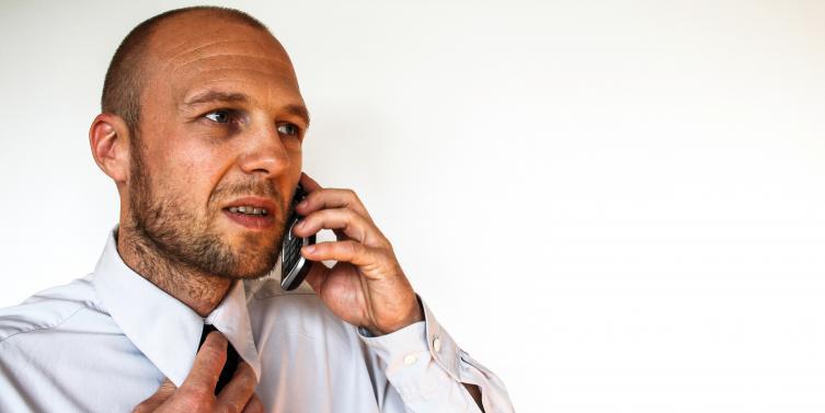 businessman-man-person-bar-105472.jpg