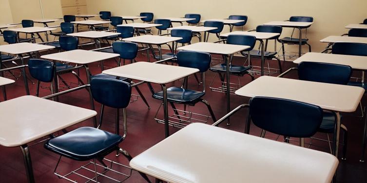 chairs-classroom-college-289740_1.jpg