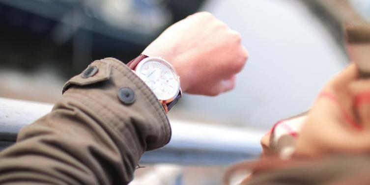 fashion-person-woman-hand_1.jpg