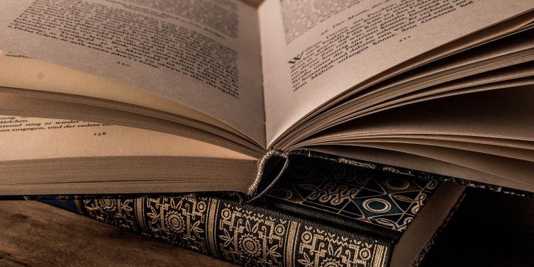 literature-3327172_1920.jpg