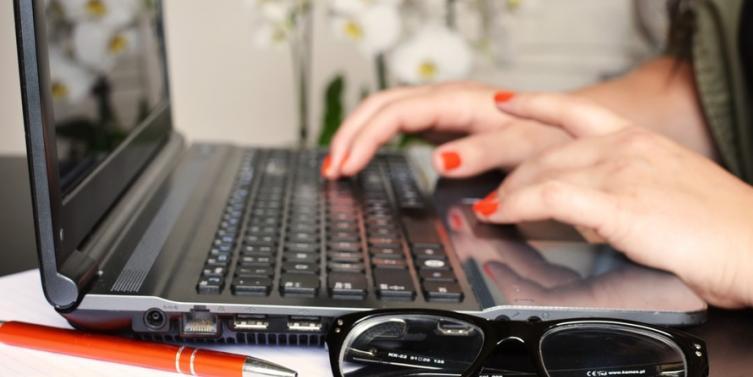 person-woman-desk-laptop-large.jpg