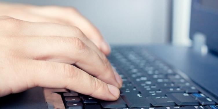 Las TIC en los currículos de las instituciones educativas de Barranquilla y Cartagena